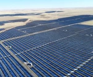 Capstone Claresholm Solar Project highest capacity in Canada